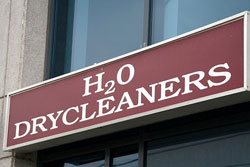 """Store sign that reads: """"H2O Drycleaners"""""""