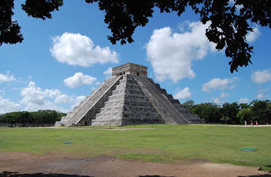Mayan pyramid at Chichen Itza